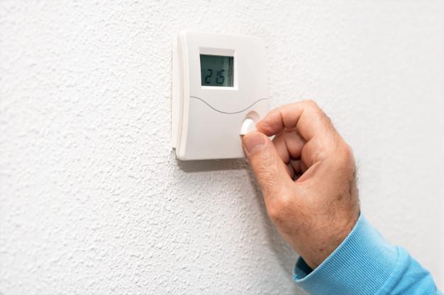 Analogni termostat